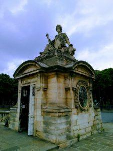 statue pavillon brest place de la concorde