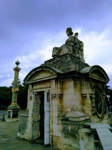 statue rouen place de la concorde