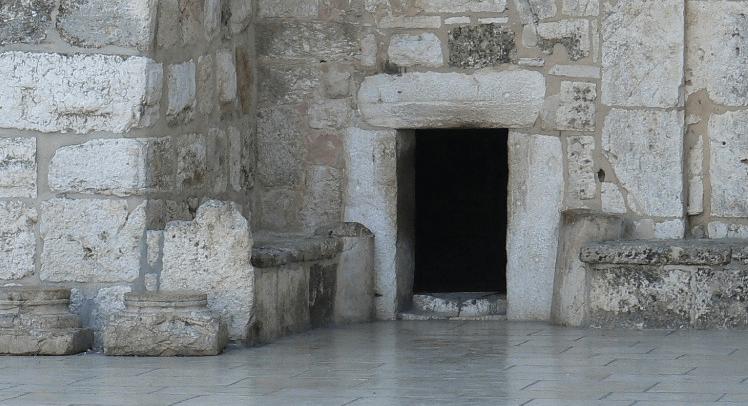 porte basse franc-maçonnerie