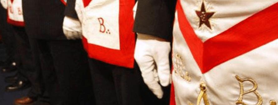 gants blancs planche maçonnique